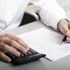 7 Considerations Before Hiring an Accountant